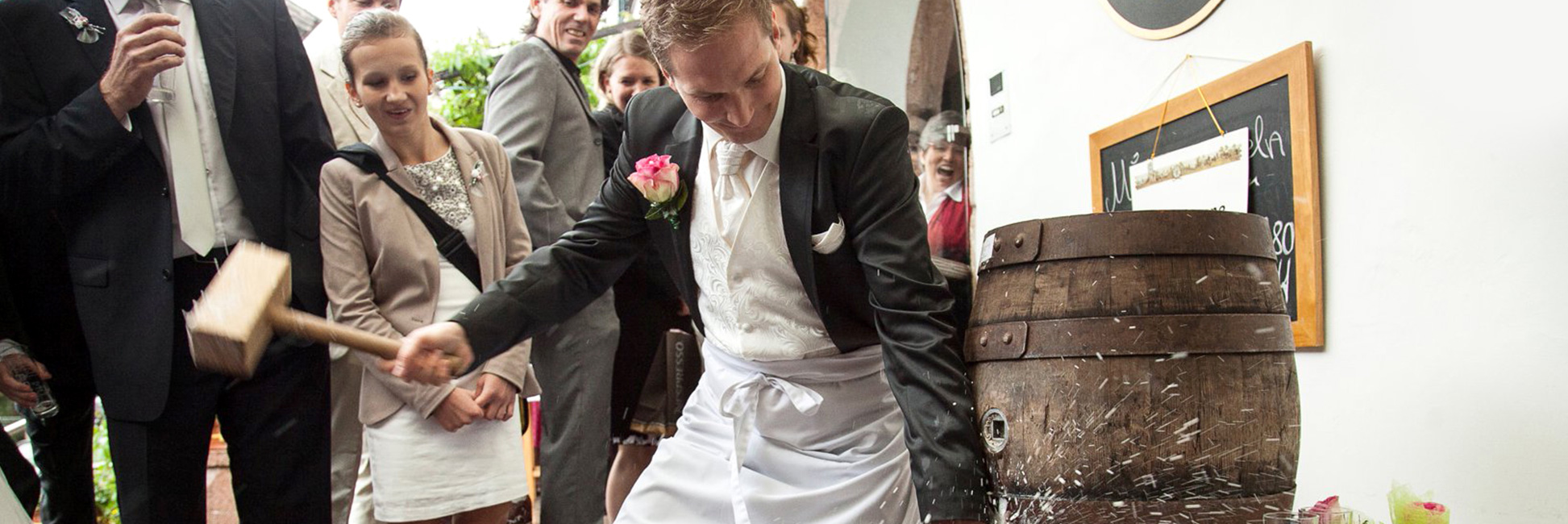 Hotel Gasthof zur Post wedding keg tapping