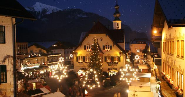 Stimmen Sie sich mit dem Gasthof zur Post auf Weihnachten ein.