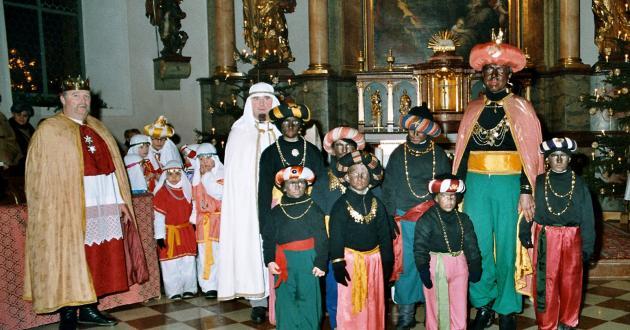 Hotel Gasthof zur Post Dreikönigsfesten Gruppe Kirche