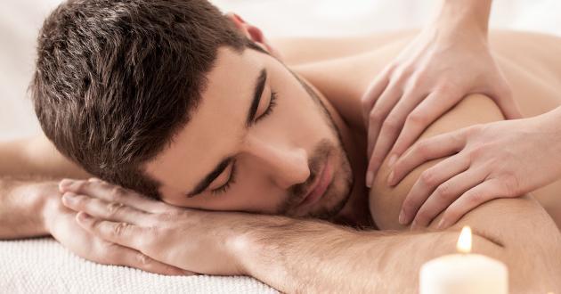 Hotel Gasthof zur Post Massage Schulter Mann