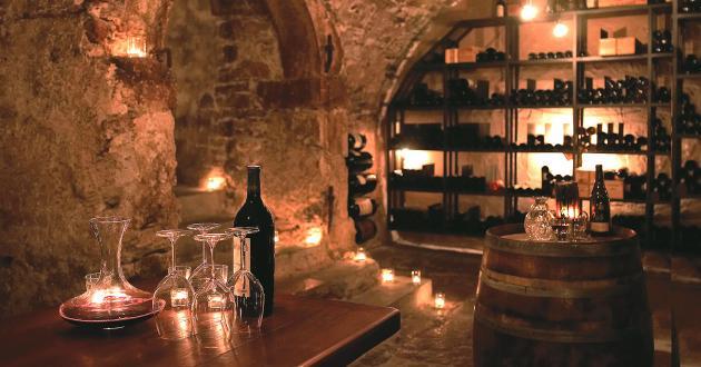 Hotel Gasthof zur Post wine cellar entrance
