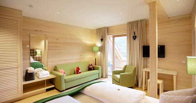"Double bed in the room type ""Wolfgangsee de luxe"""